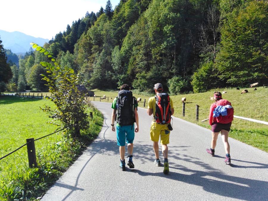 zugspitze wanderung spitzenwanderweg start - Auf die Zugspitze wandern - mein Tourenbericht