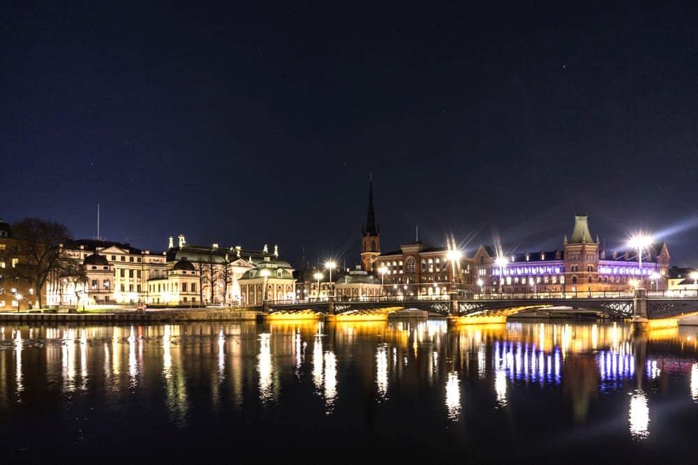 stockholm night - Stockholm: 10 Tipps für deine Städtereise