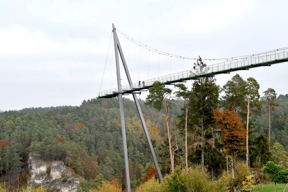 Fränkische Schweiz Pottenstein Skywalk Erlebnisfelsen