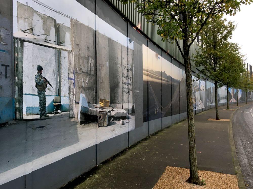 belfast murals peace wall sehenswuerdigkeiten 14 - Belfast: Murals, Peace Wall, Titanic Museum