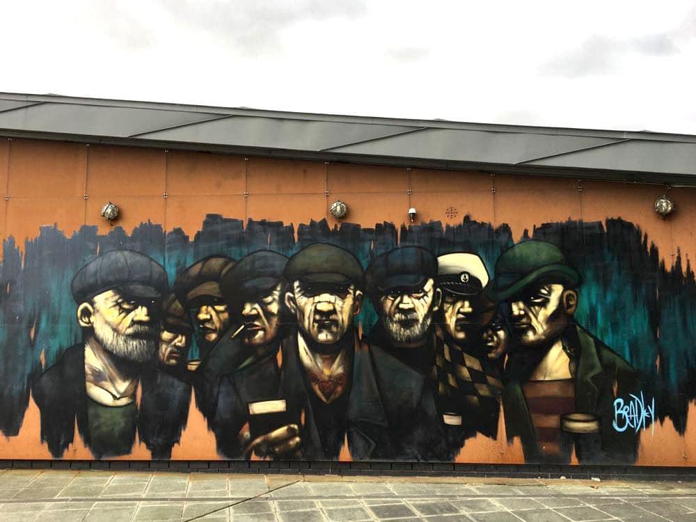 belfast murals peace wall sehenswuerdigkeiten 18 - Belfast: Murals, Peace Wall, Titanic Museum