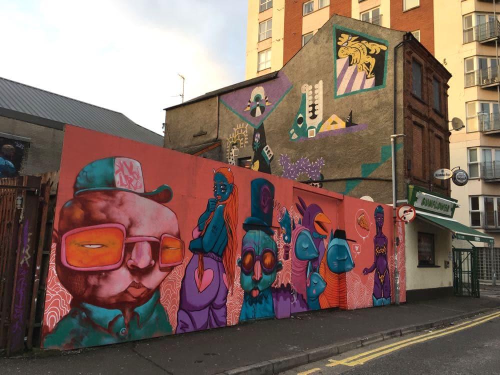 belfast murals peace wall sehenswuerdigkeiten 19 - Belfast: Murals, Peace Wall, Titanic Museum