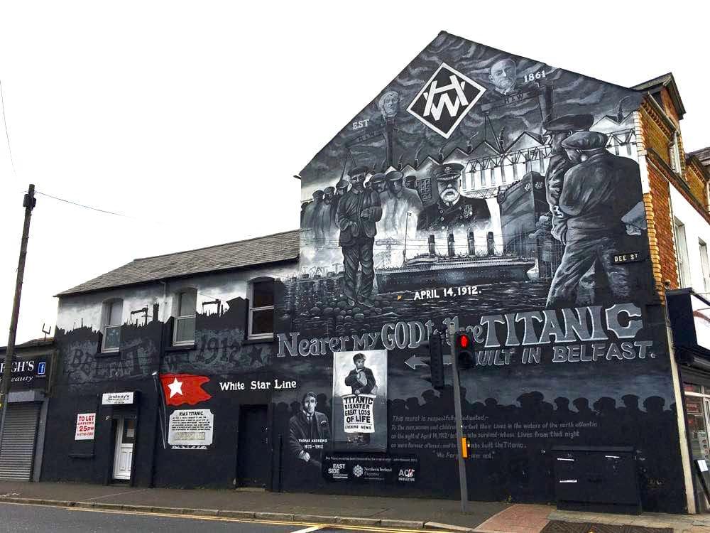 belfast murals peace wall sehenswuerdigkeiten 7 - Belfast: Murals, Peace Wall, Titanic Museum