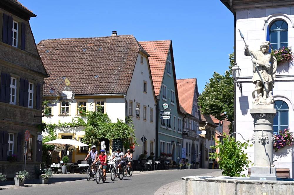 main radweg fraenkisches weinland 38 - Der MainRadweg im Fränkischen Weinland