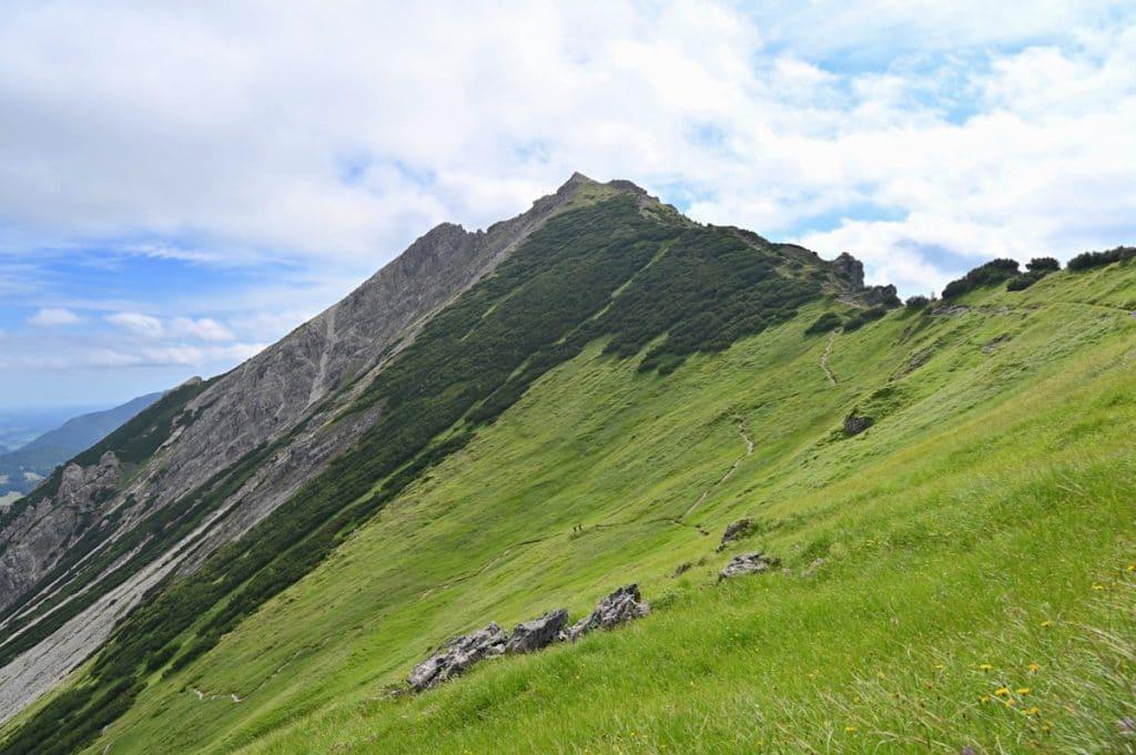 tannheimer tal wandern 11 1024x681 - Tannheimer Tal: Wandern, Hütten & Seen in Tirol