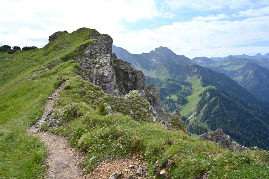 tannheimer tal wandern 12 1024x681 - Tannheimer Tal: Wandern, Hütten & Seen in Tirol