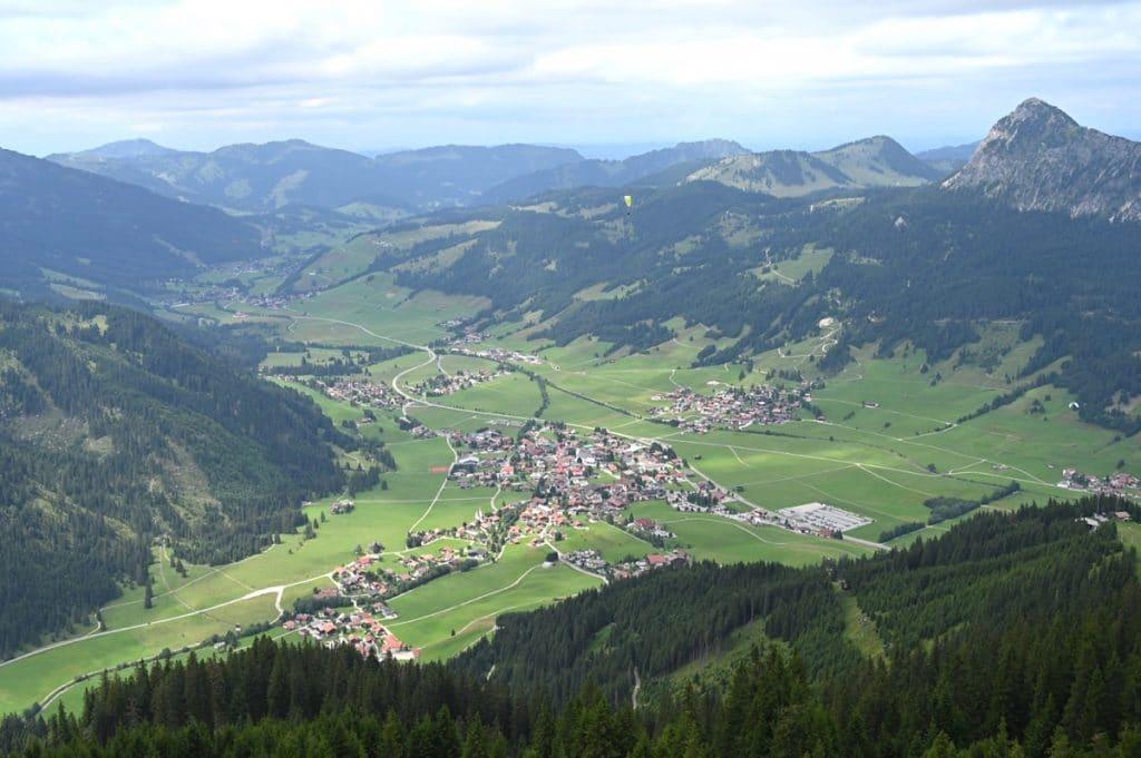 tannheimer tal wandern 30 1024x681 - Tannheimer Tal: Wandern, Hütten & Seen in Tirol