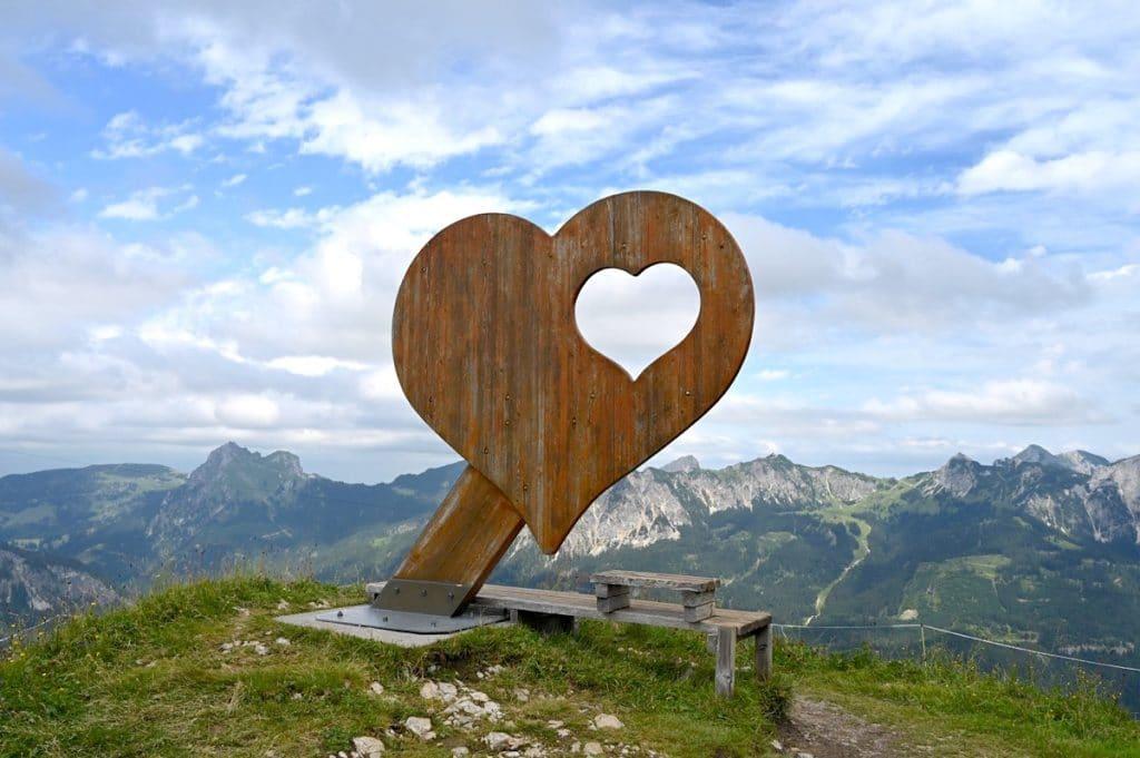 tannheimer tal wandern 8 1024x681 - Tannheimer Tal: Wandern, Hütten & Seen in Tirol