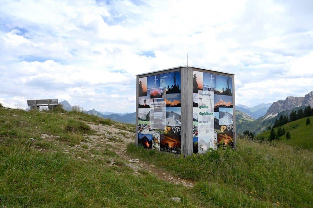 tannheimer tal wandern 9 1024x681 - Tannheimer Tal: Wandern, Hütten & Seen in Tirol