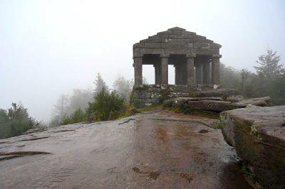 Donon: Wanderung zum mystischen Vogesen-Gipfel