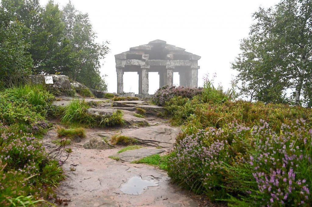 donon wandern berg vogesen elsass 2 1024x681 - Donon: Wanderung zum mystischen Vogesen-Gipfel